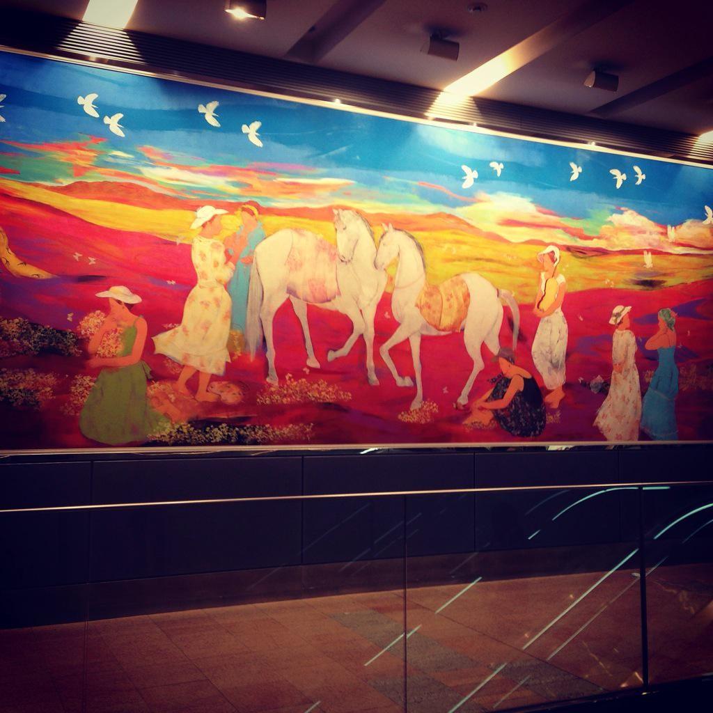 札幌駅 馬の壁画