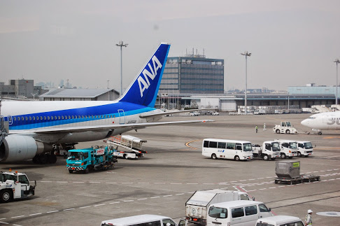 札幌行 飛行機